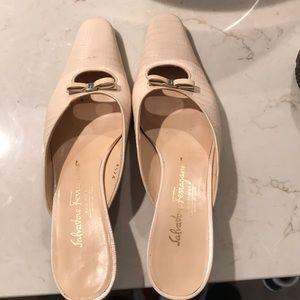 Salvatore Ferragamo Cream Mules   Size 8.5